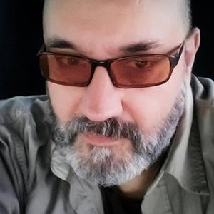 Photo of Dan Bolivar
