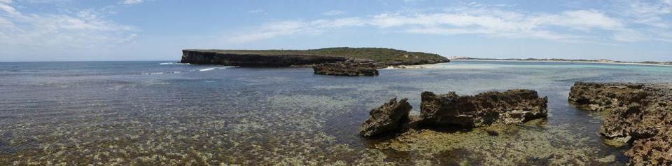 Pondalowie Bay
