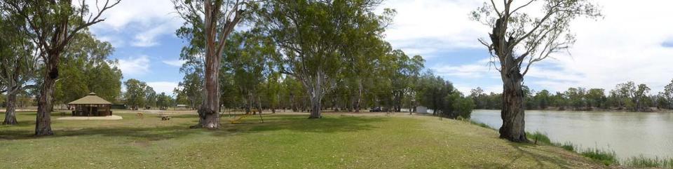 Loxton Riverfront Holiday Park