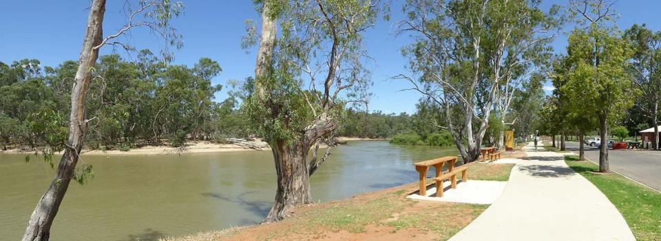 Swan Hill River Walk