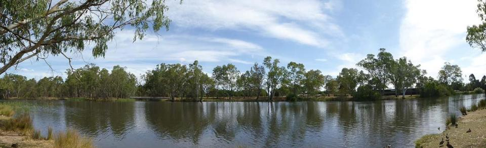 Lake Benalla Walk