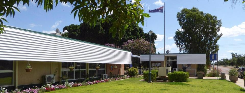 Isisford - Visitor Information