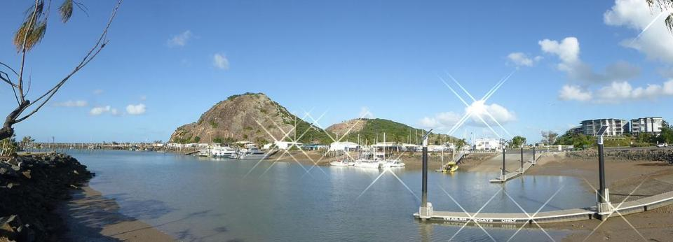 Rosslyn Bay Harbour