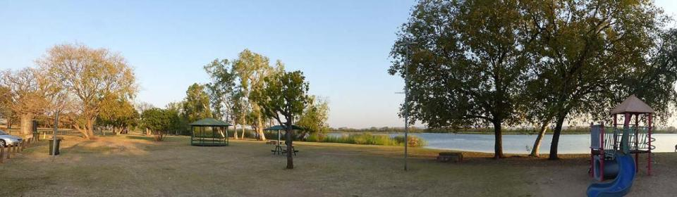 Lake Kununurra Swim Beach