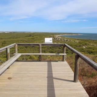 Hansen Bay Lookout