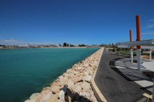 Go to Geraldton Esplanade, Geraldton WA