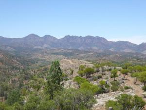 Go to Bunyeroo Valley Lookout, Flinders Ranges NP SA