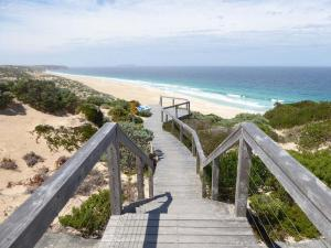 Go to West Cape, Innes NP SA