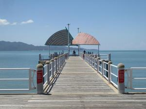 Go to The Strand, Townsville QLD