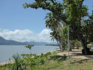 Go to Cardwell, QLD