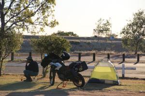 Go to Renner Springs Caravan Park, Renner Springs NT