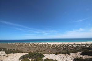 Go to Nullarbor Lookout 4, SA