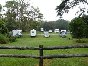 Go to Lions Den Camping Ground, Lions Den Hotel QLD