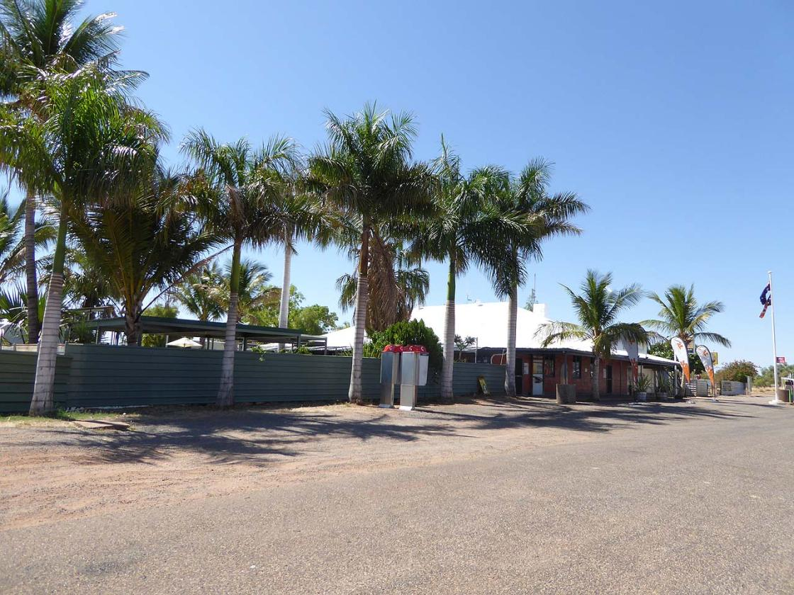 devils marbles hotel formerly wauchope hotel nt comments. Black Bedroom Furniture Sets. Home Design Ideas