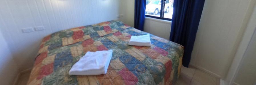 Villa - Master Bed
