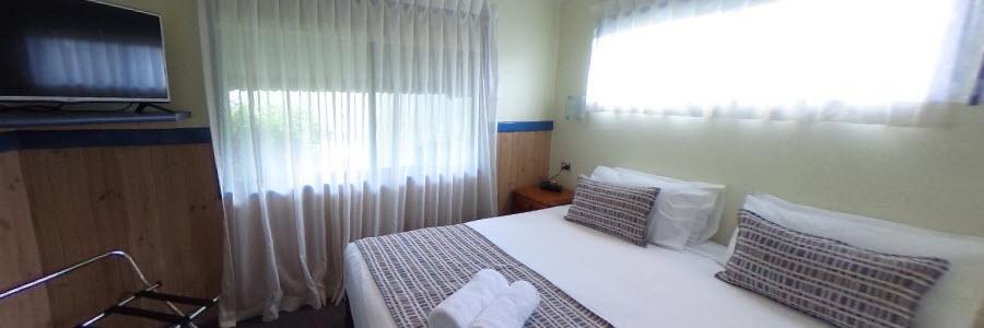 Coconut Condo - Master Bed