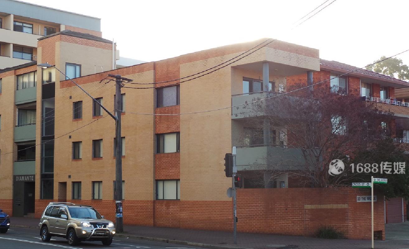 Hurstville中心,保养良好1房1卫公寓
