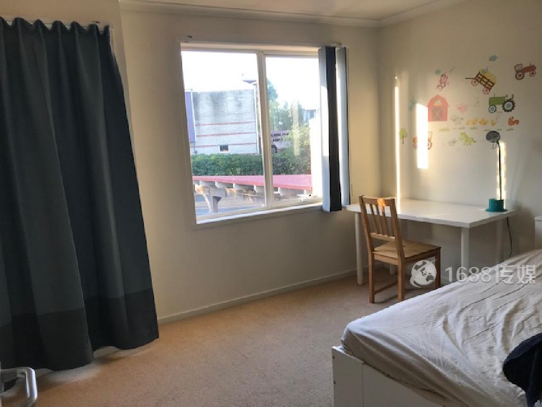 【墨尔本北区】MEL BUNDOORA 近LA TROBE大学 房屋出租, 欢迎LA TROBE学生