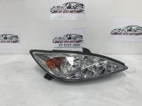 Toyota Camryfits 2002,2003,2004 used Camry | right headlamp photo