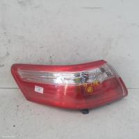Toyota Camryfits  used Camry | left taillight photo