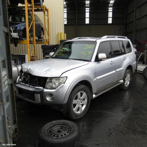 Mitsubishi 2006 ~ 2014 Pajero