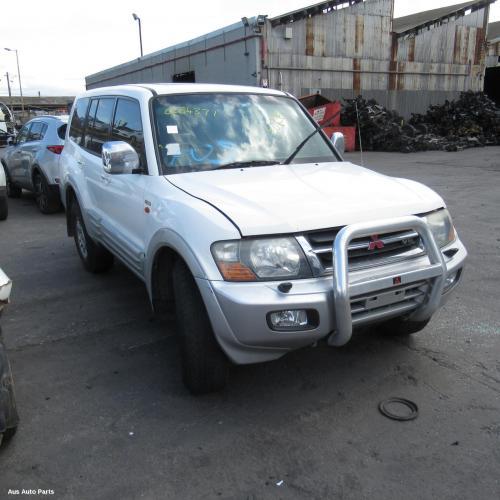 Mitsubishi 2000 ~ 2002 Pajero