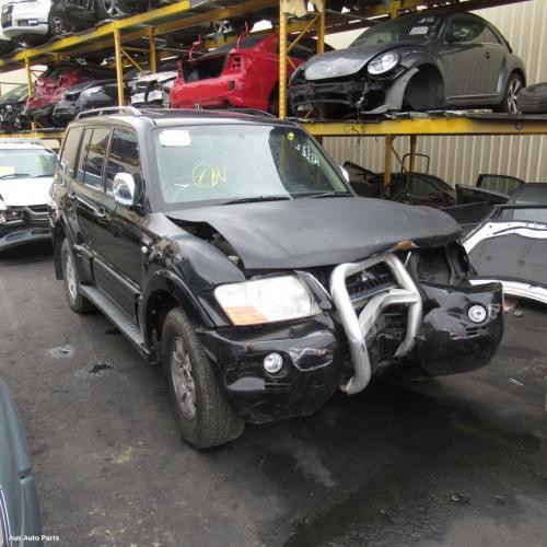 Mitsubishi 2002 ~ 2006 Pajero