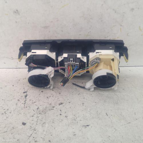 heater/aircon controls