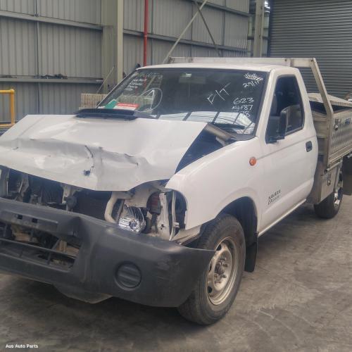 Nissan 1997 ~ 2015 Navara