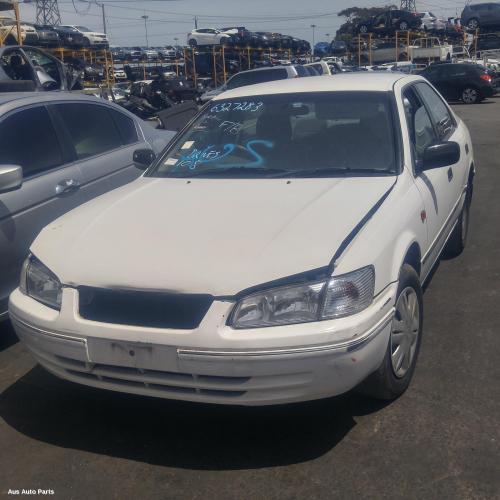 Toyota 2000 ~ 2002 Camry