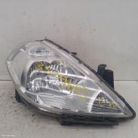 Nissan tiidafits  used tiida | right headlamp photo