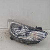 Hyundai Accentfits  used Accent | right headlamp photo