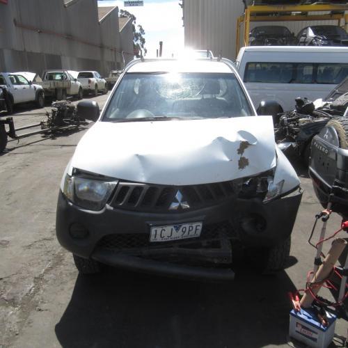 Mitsubishi 2006 ~ 2015 Triton