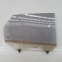 right rear door window