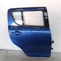 right rear door/sliding