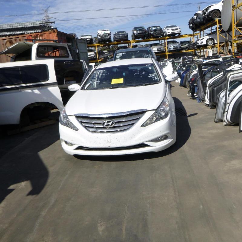 Hyundai 2010 ~ 2014 I45