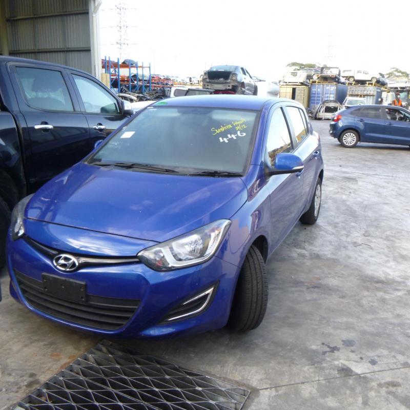Hyundai 2012 ~ 2015 I20