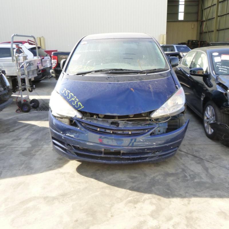 Toyota 2000 ~ 2006 Tarago