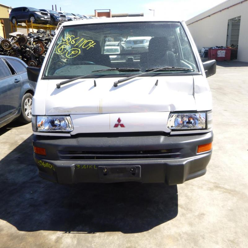 Mitsubishi 1999 ~ 2013 L300