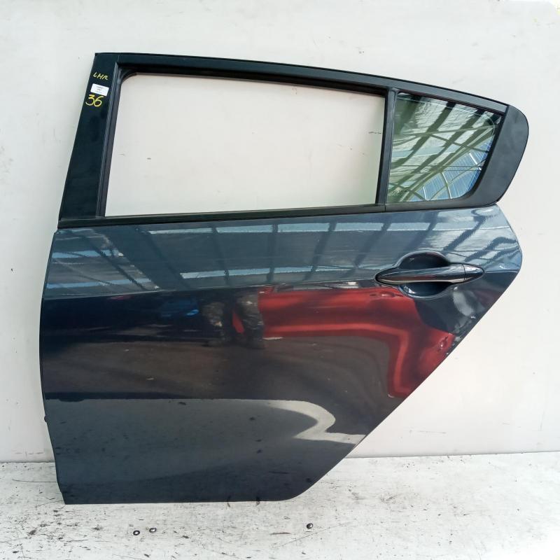 door/sliding rear left