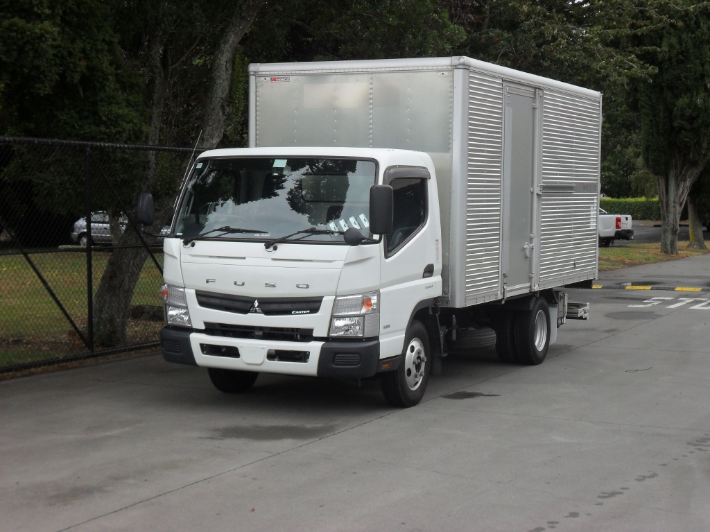 Mitsubishi Canter FEB50