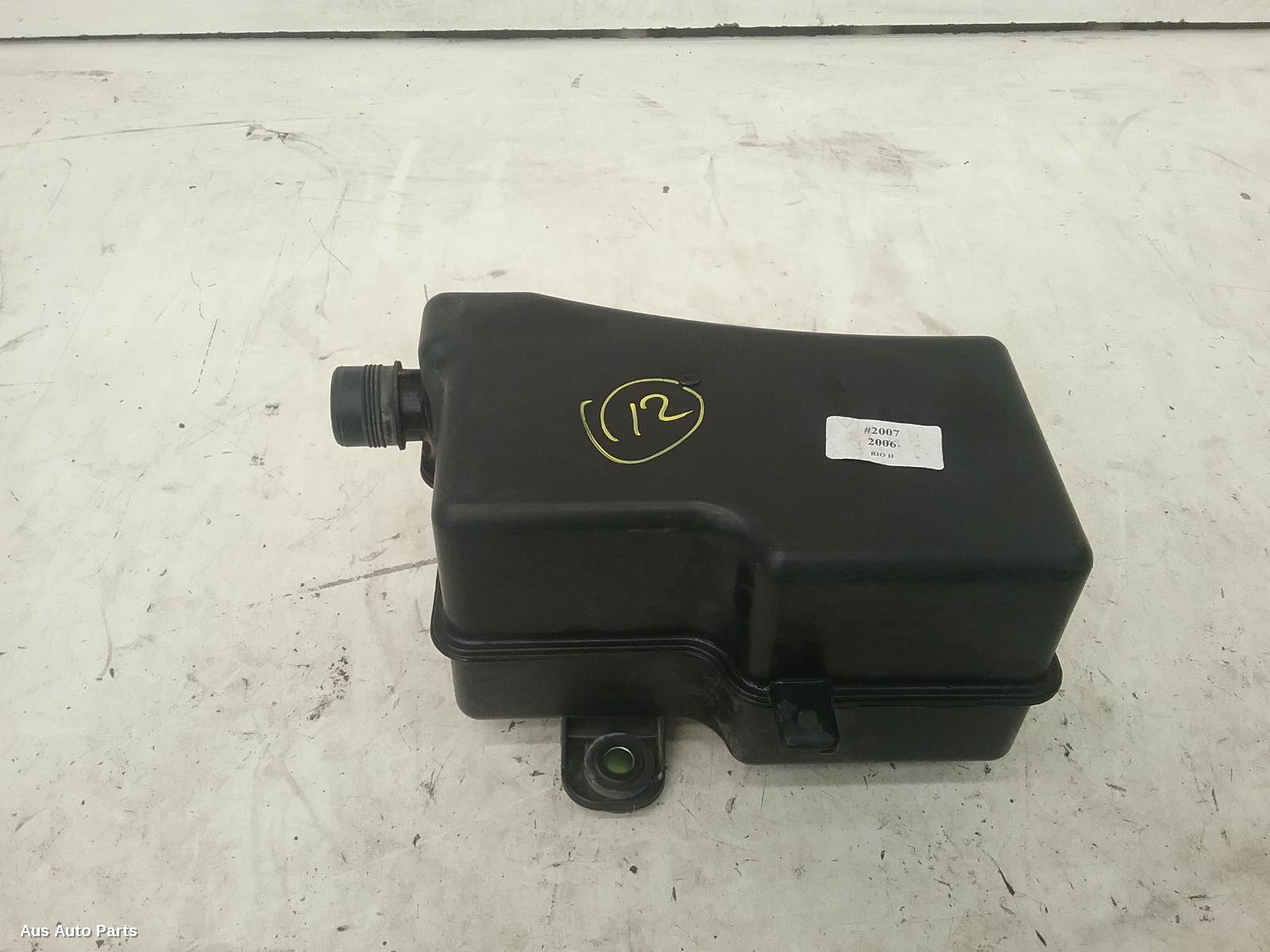 52749  Used Air Cleaner  Box For 2006 Rio
