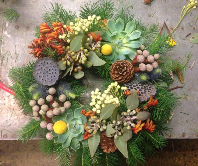 DIY :: Australian Christmas Wreath