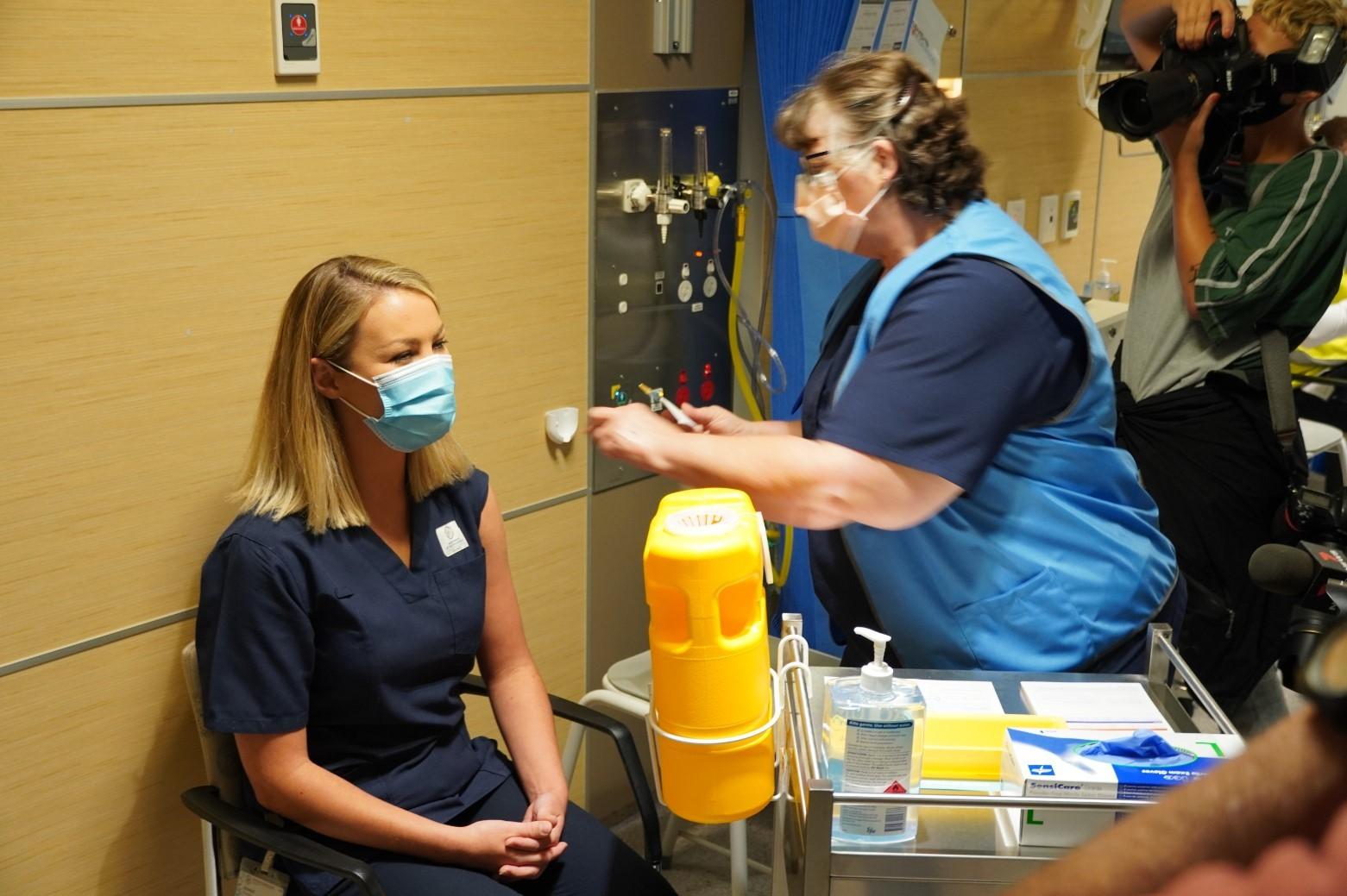 CALHN-COVID-19-vaccine-program-RAH-clinic-Day-1-DSC00535.jpg#asset:5075