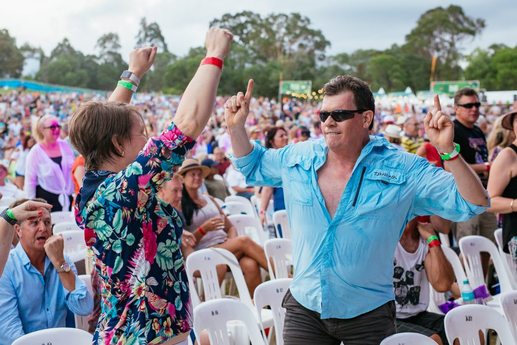 Mitch Lowe Photo - KC & The Sunshine Band-21