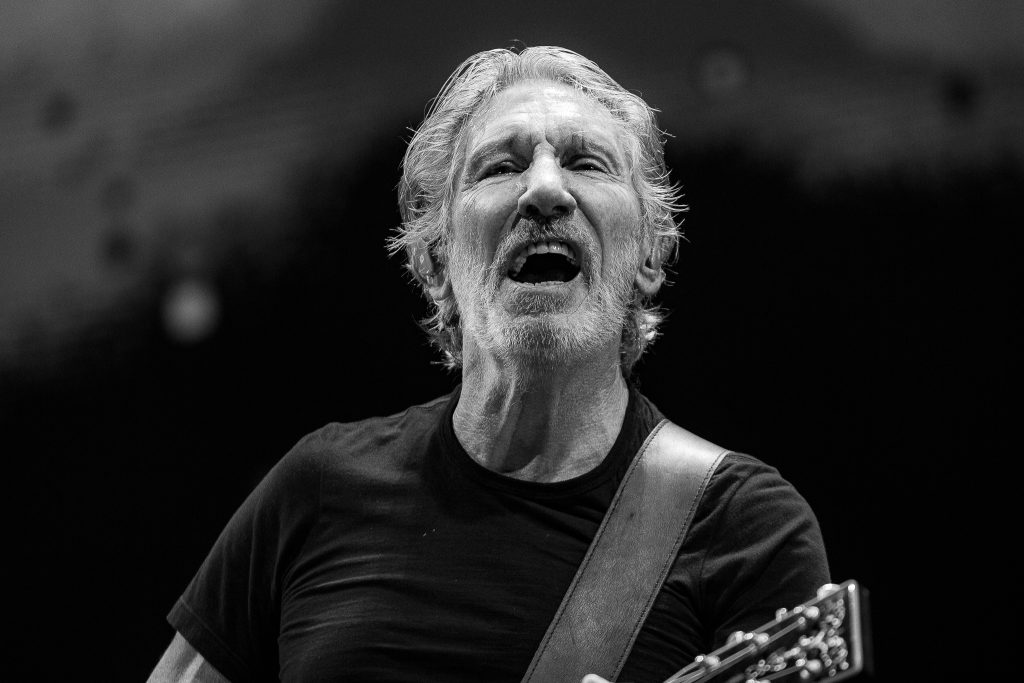 Mitch Lowe Photo - Roger Waters - Brisbane Ent Centre-36