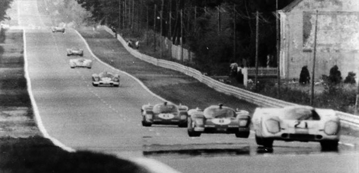 215mph on the Mulsanne Straight - 1970 Le Mans 24 Hours. Image: imgur