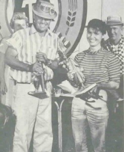 "Faye ""Ladybug"" Pierson receiving an award Vintage Karts website October 2002 source: http://www.vintagekarts.com/bugs/fayetecate.jpg"