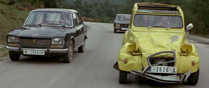 Roger Moore Bond Cars 2CV