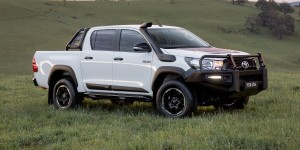 Hilux Rugged Side 3:4
